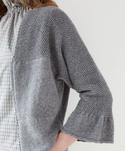 DB107 Bell Sleeved Cardigan.indd